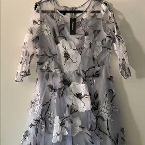 Dresses & Skirts - FashionMia Floral Print Dress
